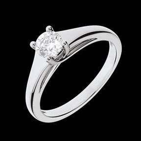 bague-solitaire-diamant-or-blanc