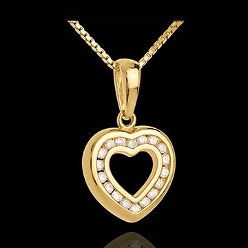 قلادة القلب المجوف ـ الذهب الأبيض المرصوف عيار 18 قيراط ـ 0.25 قيراط ـ 18 ماسة