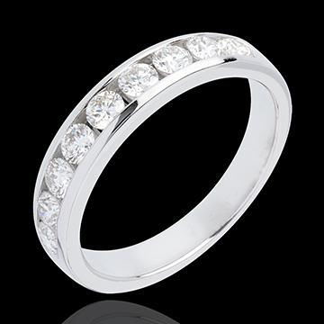 خاتم زواج من الذهب الأبيض 18 قيراط شبه مرصَّع ـ ترصيع مستطيل ـ 0.5 قيراط ـ 11 ماسات