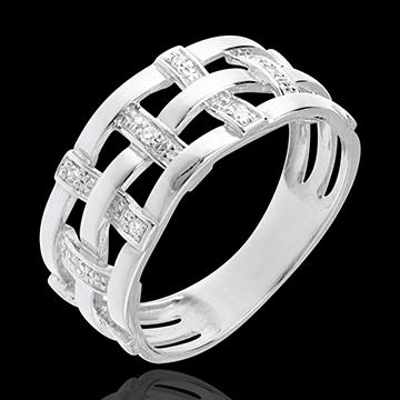 خاتم كوتير من الذهب الأبيض عيار 18 قيراط مرصع بالألماس ـ 11 قطعة من الألماس