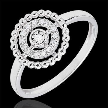 خاتم زهرة الملح ـ سيركل ـ ذهب أبيض عيار 18 قيراط