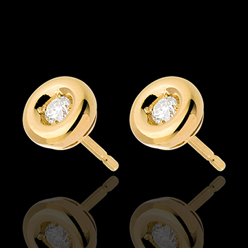 gifts women Chalice Diamond Stud Earrings yellow gold