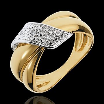 خاتم بوكل دوغ مرصوف ـ 6 قطع ألماس ـ ذهب أبيض وذهب أصفر عيار 18 قيراط