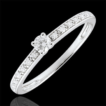 present Boreal Solitaire Ring - 0.09 carat