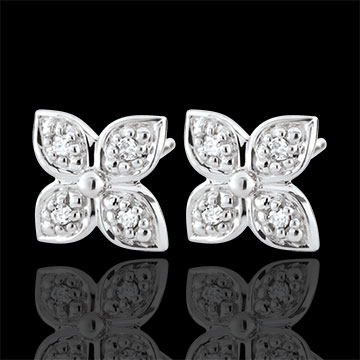 wedding Eternity Flower Earrings with 8 diamonds