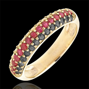 Frau Ring Deutschland - Gold mit schwarzen Diamanten und Edelsteinen