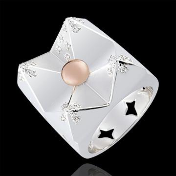 خاتم لاجونيز ـ جبل الكريستال ـ الذهب الأبيض والذهب الوردي عيار 9 قيراط