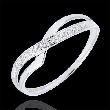 خاتم مارينا من الذهب الأبيض عيار 9 قيراط و الألماس