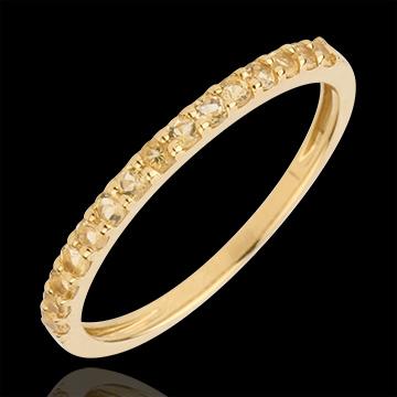 خاتم طائر الفردوس صف واحد من الذهب الأصفر 9 قيراط والسترين الأصفر