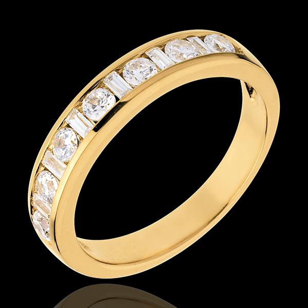 Alianza oro amarillo semi empedrado - engaste raíl - 0.57 quilates - 13 diamantes