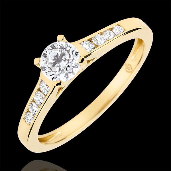 Anillo de compromiso solitario Alteza - diamante 0.4 quilates - oro amarillo 9 quilates