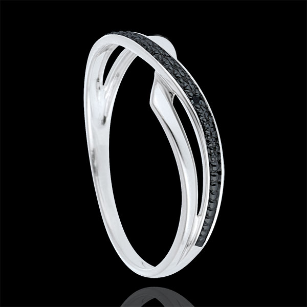 Anillo Marina oro blanco 9 quilates y diamante negro