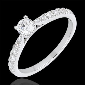 Anillo Solitario le Chérie oro blanco y diamantes