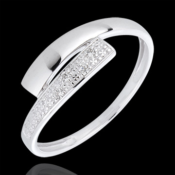 bague lumi re or blanc 18 carats diamants bijoux edenly. Black Bedroom Furniture Sets. Home Design Ideas
