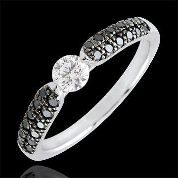Bague solitaire Triomphale - diamants noirs - 0.25 carat - or blanc 9 carats