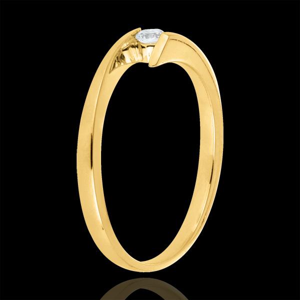 Bague solitaire Princesse étoile or jaune 18 carats - diamant 0.08 carat
