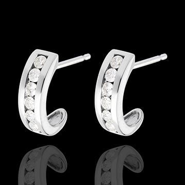 Boucles d'oreilles demi-lune pavée or blanc 18 carats - 0.41 carats - 12 diamants