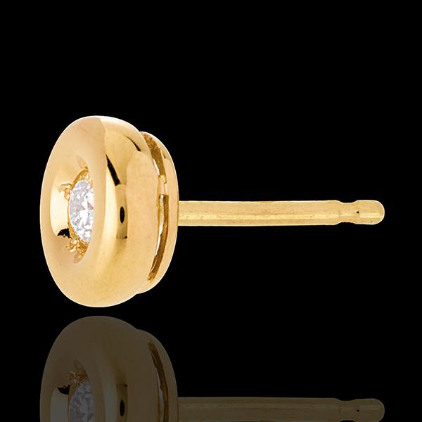 Chalice Diamond Stud Earrings yellow gold