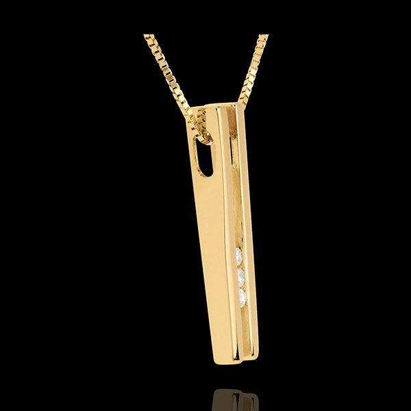 Collar Diapasón Trilogía - oro amarillo 18 quilates y 3 diamantes