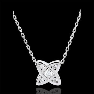 Diamond Cosmia Necklace with 5 diamonds