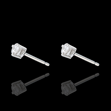White Gold Diamond Chip Joya Stud Earrings