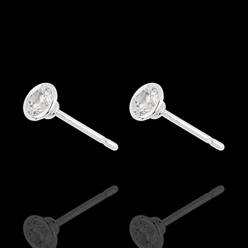 White Gold Doll Solitaire Stud Earrings