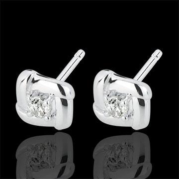 White Gold Nests Stud Earrings