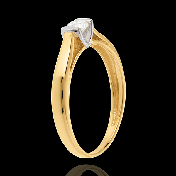 Elegance Solitaire ring yellow gold
