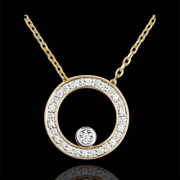 Elegant Yellow Gold Circular Necklace