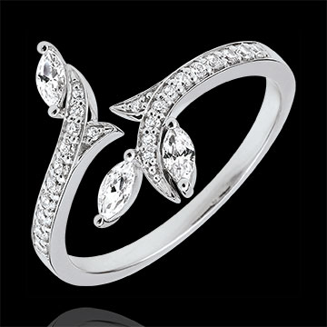 Ring Mysterious Woods - white gold and marquise diamonds - 9 carats