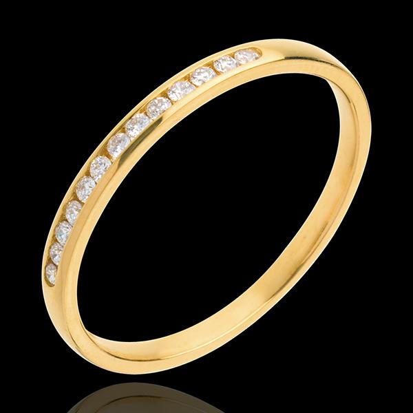 Fede nuziale - Oro giallo semi pavé - 9 carati - 13 Diamanti - incastonatura a binario