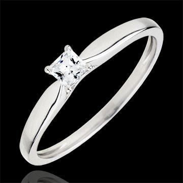 Inel Solitaire Revelaţie - diamant Princess 4 gheruţe - aur alb de 9K