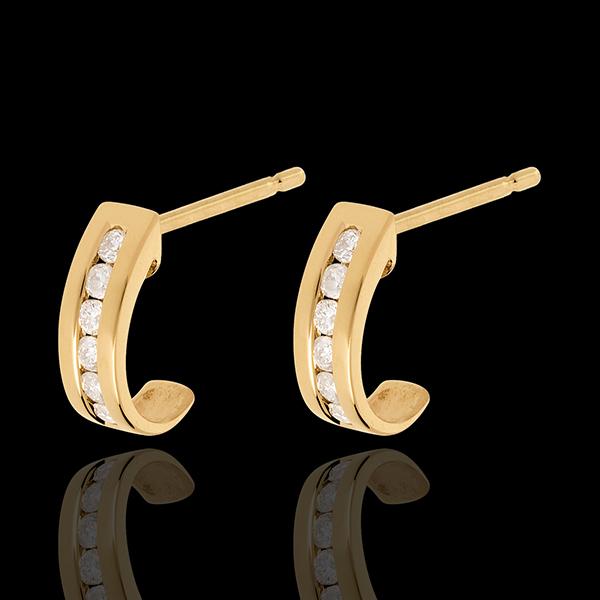 Kolczyki Półksiężyce z żółtego złota 18-karatowego wysadzane diamentami - 0,22 karata - 12 diamentów