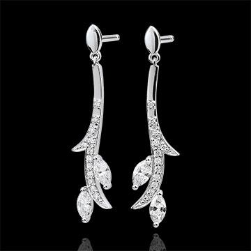 Kolczyki wiszące Tajemniczy Las - złoto białe 18-karatowe i diamenty w kształcie łezki