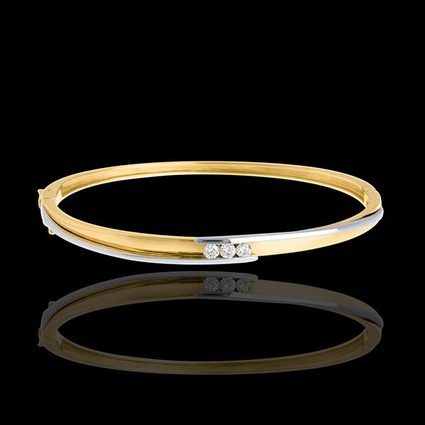 Koło z zachodzącymi na siebie ramionami i potrójnym diamentem - 3 diamenty 0,24 karata - złoto białe i złoto żółte 18-karatowe