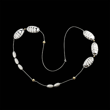 Clossis Necklace - White gold, pearls and diamonds
