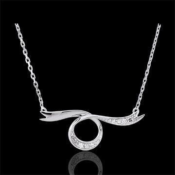 Dreamy White Gold Ribbon Necklace