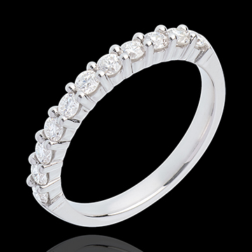 Obrączka z białego złota 18-karatowego w połowie wysadzana diamentami - krapy - 0,5 karata - 11 diamentów