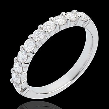 Obrączka z białego złota 18-karatowego w połowie wysadzana diamentami - krapy - 0,65 karata - 10 diamentów
