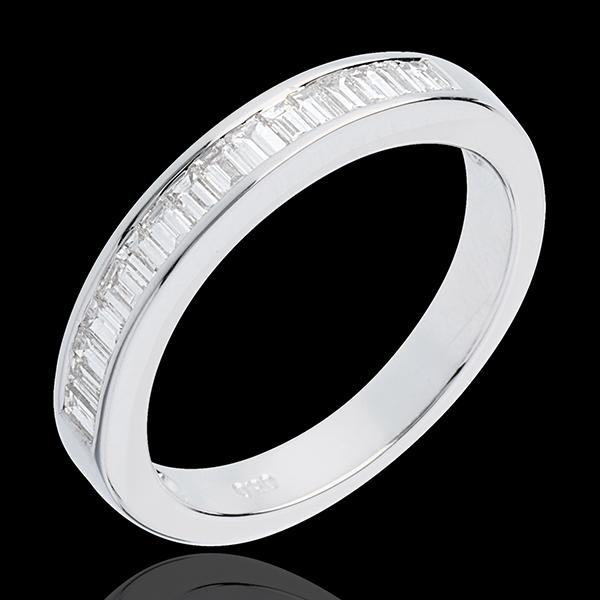 Obrączka z białego złota 18-karatowego w połowie wysadzana diamentami - oprawa kanałowa - 0,5 karata