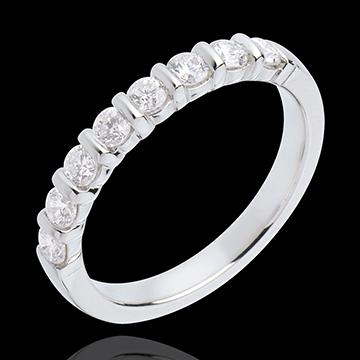 Obrączka z białego złota 18-karatowego w połowie wysadzana diamentami - oprawa sztabkowa - 0,5 karata - 8 diamentów