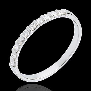 Obrączka z białego złota 18-karatowego w połowie wysadzana diamentami - oprawa sztabkowa - 10 diamentów