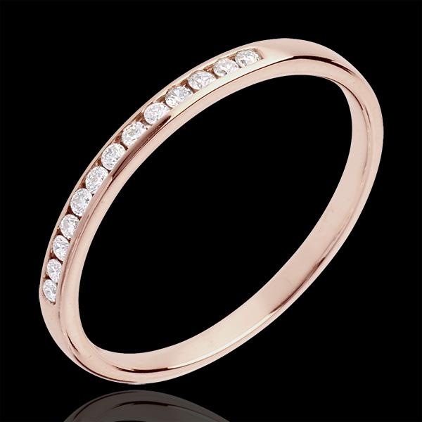 Obrączka z różowego złota 18-karatowego w połowie wysadzana diamentami - oprawa kanałowa - 13 diamentów