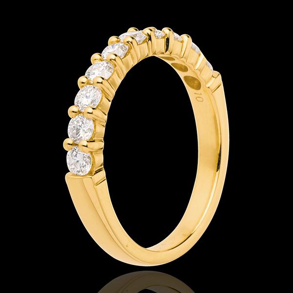 Obrączka z żółtego złota 18-karatowego w połowie wysadzana diamentami - krapy - 0,65 karata - 10 diamentów