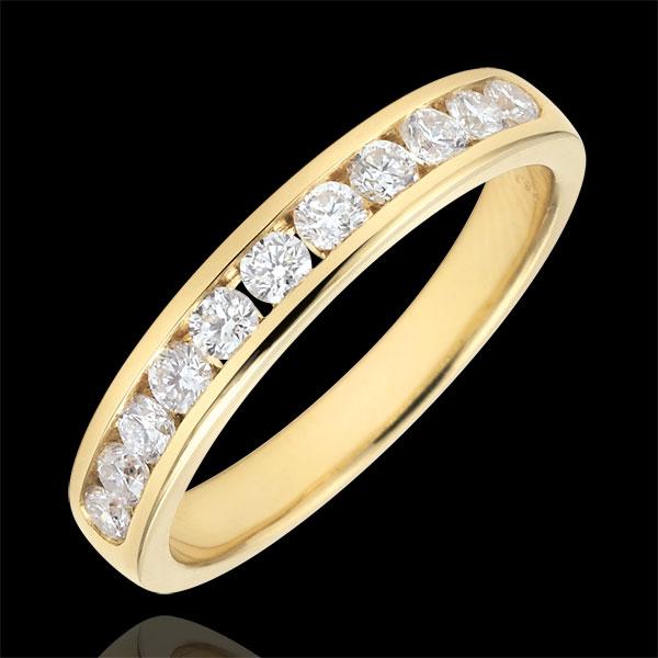 Obrączka z żółtego złota 18-karatowego w połowie wysadzana diamentami - oprawa kanałowa - 0,4 karata - 11 diamentów