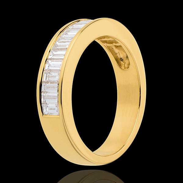 Obrączka z żółtego złota 18-karatowego w połowie wysadzana diamentami - oprawa kanałowa - 1 karat
