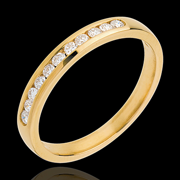 Obrączka z żółtego złota 18-karatowego w połowie wysadzana diamentami - oprawa kanałowa - 11 diamentów