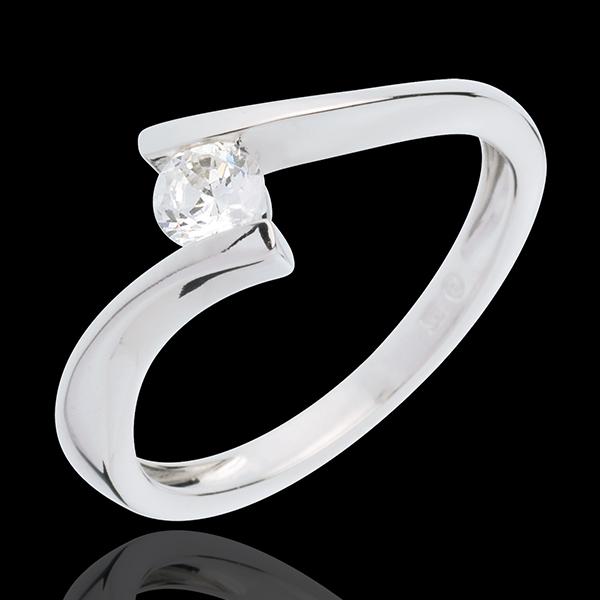 Pierścionek Drogocenne Gniazdo z jednym diamentem - Apostrof - złoto białe 18-karatowe - diament 0,25 karata