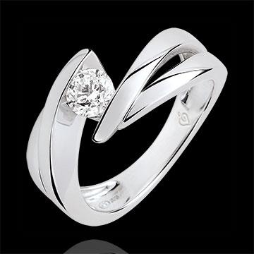 Pierścionek Drogocenne Gniazdo z jednym diamentem - Ondine - diament 0,4 karata - złoto białe 9-karatowe