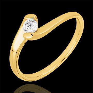 Pierścionek Drogocenne Gniazdo z jednym diamentem - Wieczna Pasja - złoto żółte 9-karatowe - 0,14 karata
